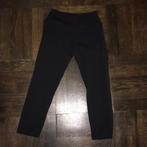 Black Crop Leggings from SoLow